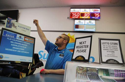 Lotterielos gewinnt mehr als 750 Millionen Dollar