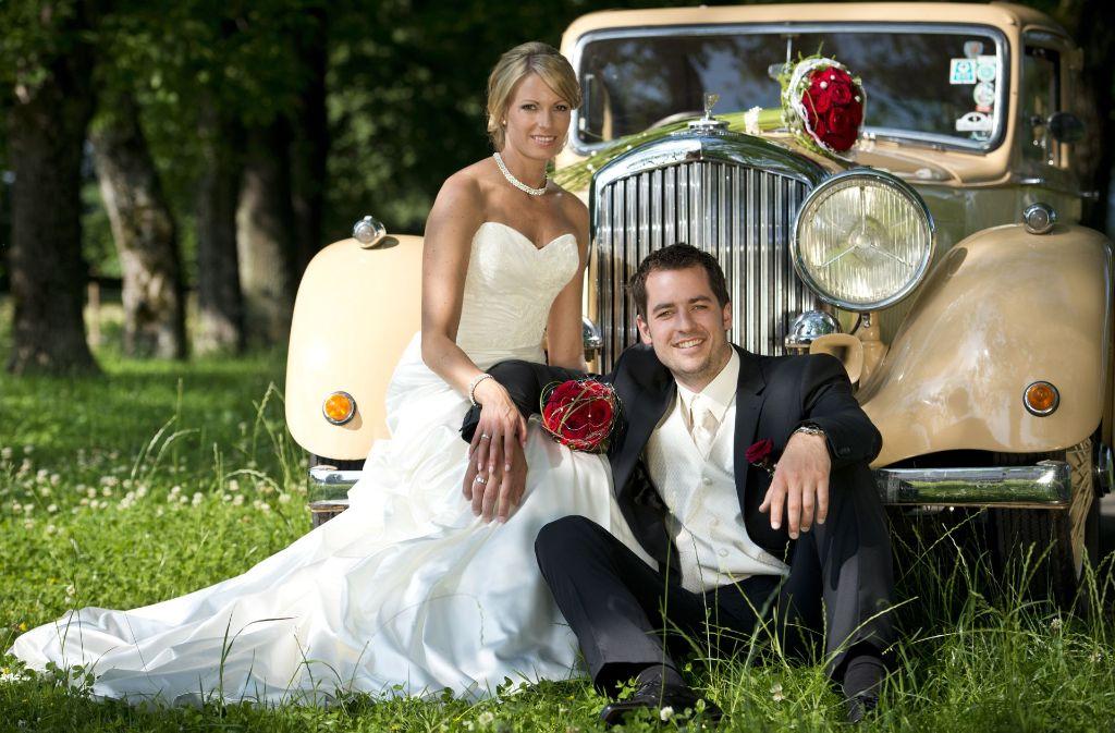Eine Aufgabe, die Männer nur allzu gerne übernehmen dürften: Die Auswahl des Hochzeitsautos. Foto: Daniel Mock/Adobe Stock