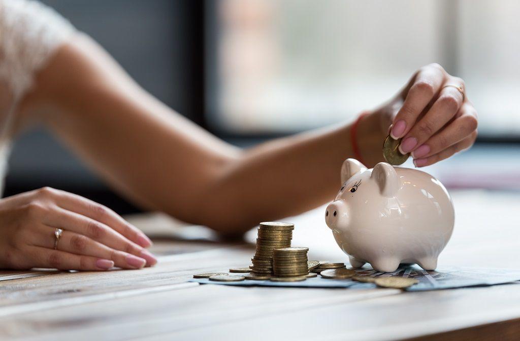 Wie viel Geld schenkt man zur Hochzeit?  Foto: illustrissima/Shutterstock