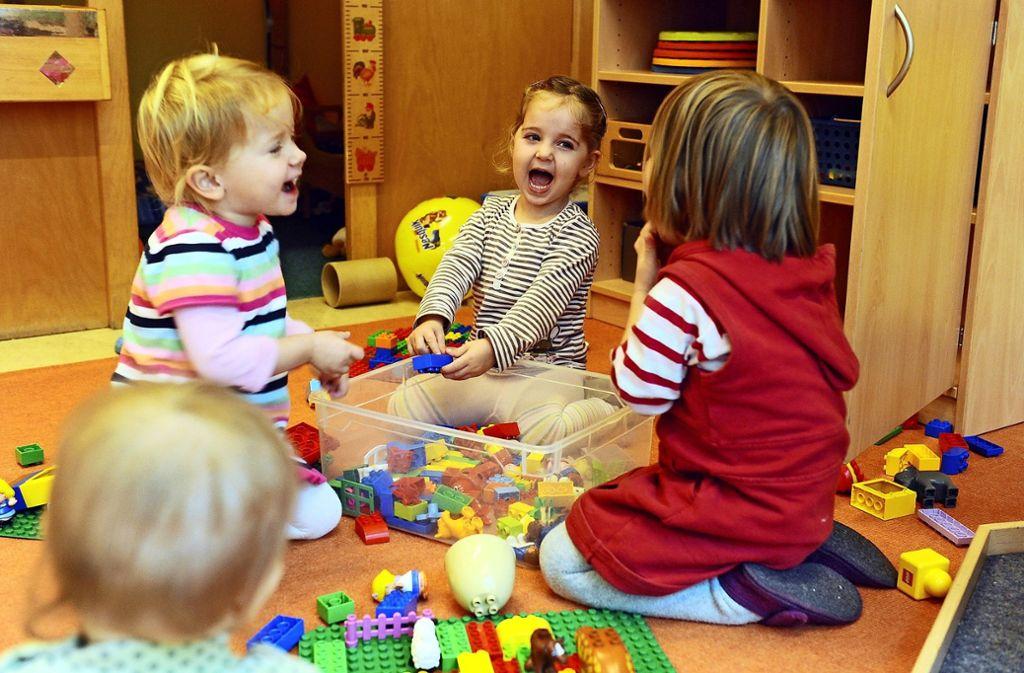 Die neuesten Zahlen zur Kinderbetreuung in Stuttgart werden am kommenden Montag, 18. März, im Jugendhilfeausschuss im Rathaus am Marktplatz vorgestellt. Foto: dpa