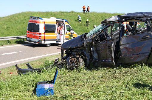 Drei Schwerverletzte nach Unfall