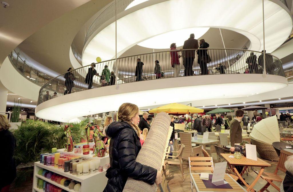 Möbel Hofmeister darf dieses Mal nicht mitmachen beim Sonntagsverkauf –  genau wie das Breuningerland und Ikea. Foto: factum/Archiv