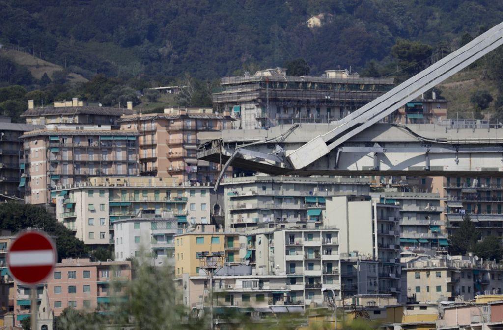 Die Warnung der Experten betrifft nur den östlichen Rumpf des Morandi-Viadukts in Genua. Foto: AP