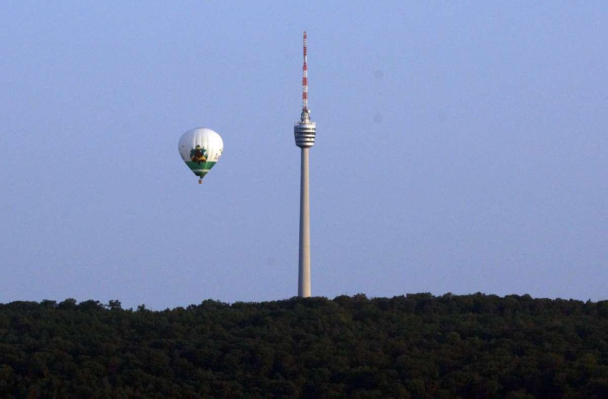 Der Heißluftballon schwebte auch über Stuttgart. Foto: Andreas Rosar Fotoagentur-Stuttg/Andreas Rosar Fotoagentur-Stuttg