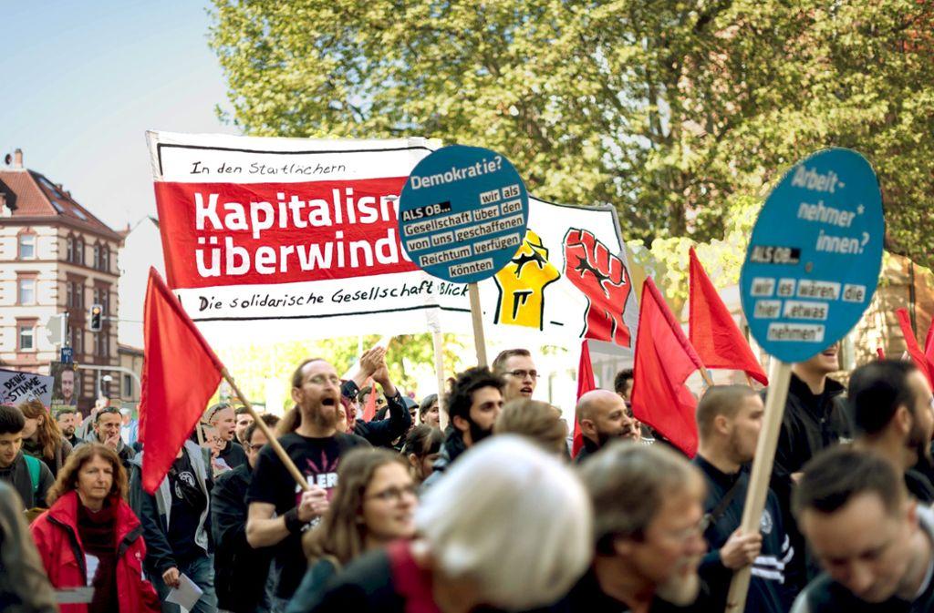 1.-Mai-Demo in Stuttgart Foto: Lg/Kovalenko