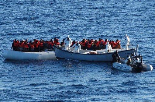 239 Menschen im Mittelmeer vermisst
