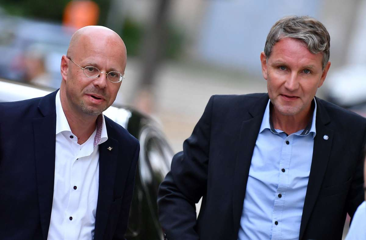 Stein des Anstoßes war vor allem der Auftritt der AfD-Rechtsaußen Björn Höcke und Andreas Kalbitz. Foto: dpa/Martin Schutt