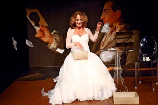 """Martina Guse spielt im Stück """"Ein Gespräch im Hause Stein über den abwesenden Herrn von Goethe"""" Charlotte von Stein, in die sich Goethe leidenschaftlich verliebt hatte."""