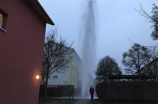 Wasserfontäne: Kein Rohrbruch, sondern Absicht