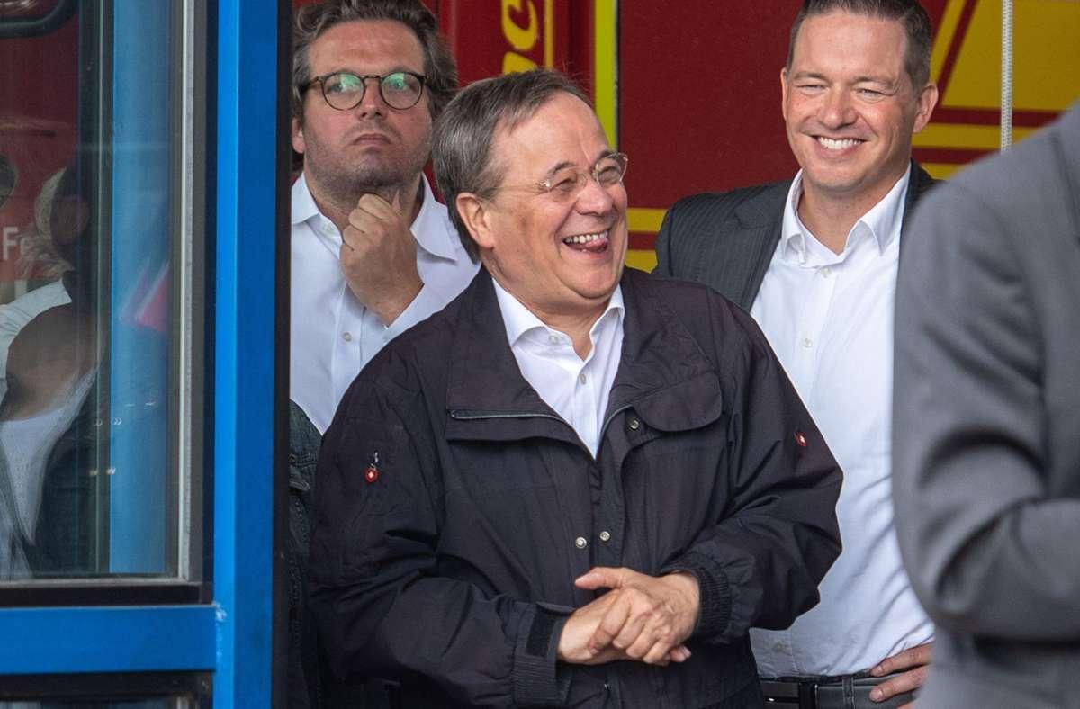 Detzer bezog sich dabei auf das Lachen Laschets bei einer Rede von Bundespräsident Frank-Walter Steinmeier im Flutkatastrophengebiet (Symbolbild) Foto: dpa/Marius Becker