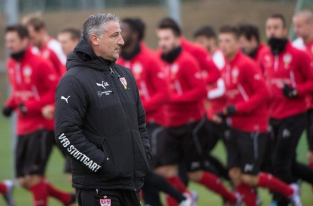 Das erste Training der VfB-Akteure unter Jürgen Kramny. Foto: dpa