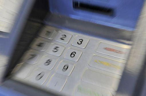 Geldabheben im Ausland kann teuer werden