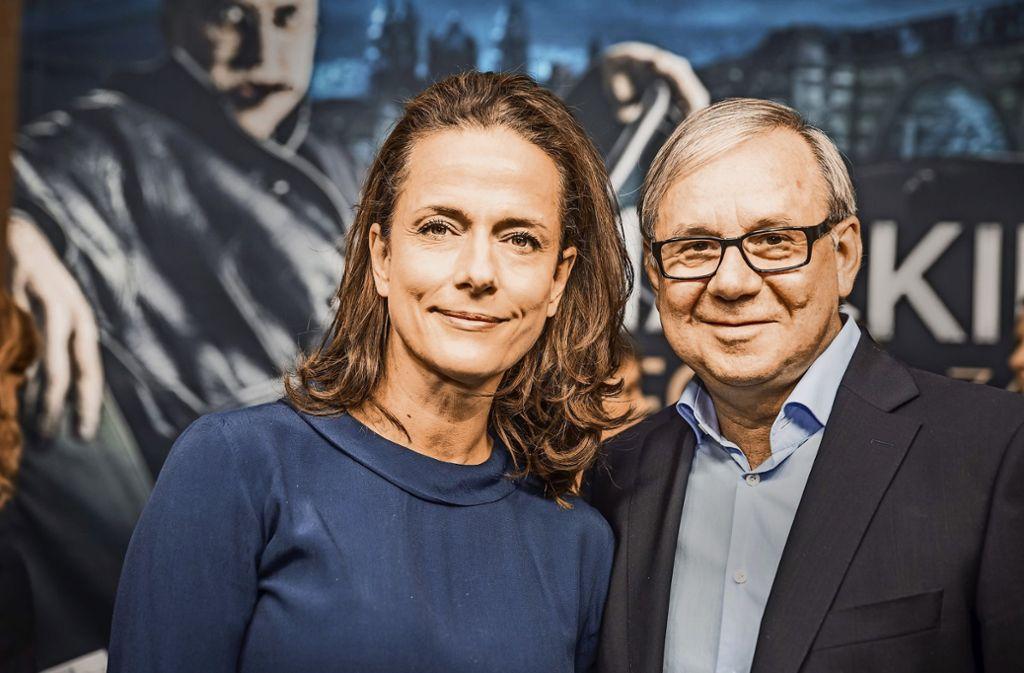 Mrs. und Mr. Peachum: Claudia Michelsen und Joachim  Król Foto:Lichtgut/Julian Rettig