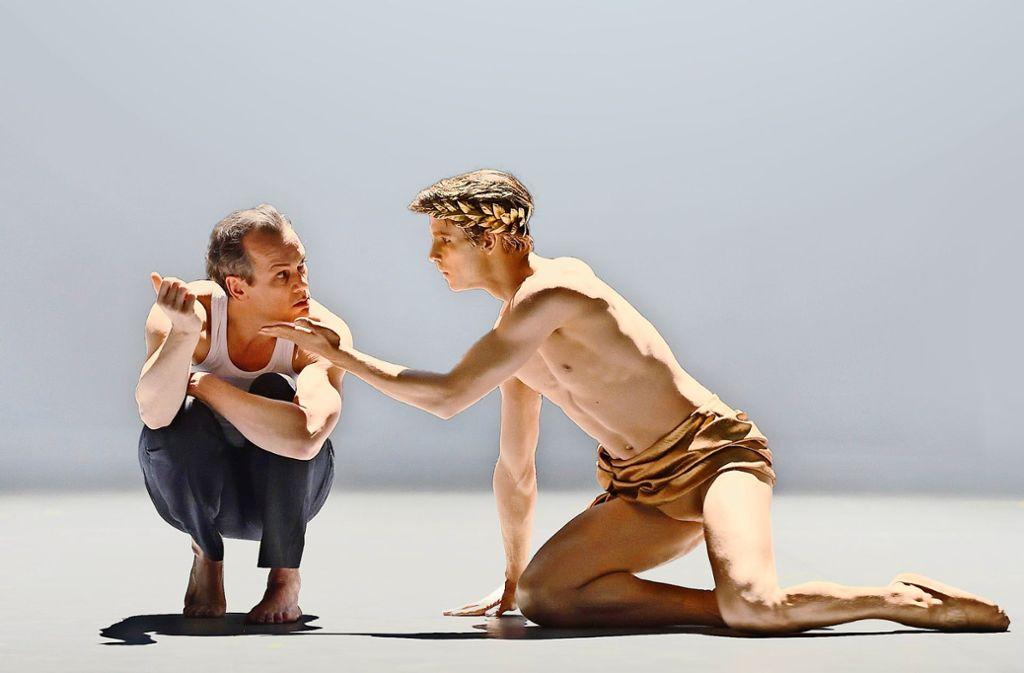 """""""Der Tod in Venedig"""" mit Matthias Klink (links) als Gustav von Aschenbach. Foto: Oper Stuttgart"""