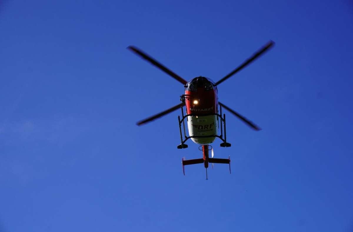 Ein Rettungshubschrauber brachte den Schwerverletzten in ein Krankenhaus. (Symbolbild) Foto: SDMG/SDMG / Kohls