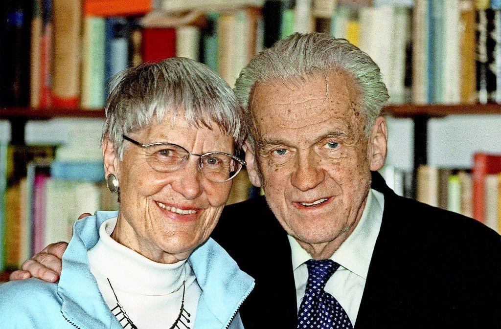 Inge und Walter Jens im Jahr 2003. Foto: