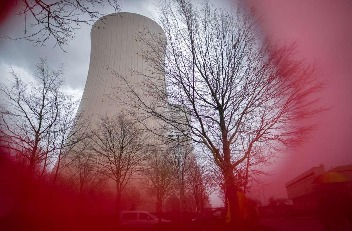Sechs Atommeiler sind in Deutschland noch in Betrieb, darunter der im niedersächsischen Grohnde.  Er soll Ende 2021  vom Netz gehen. Foto: dpa/Peter Steffen