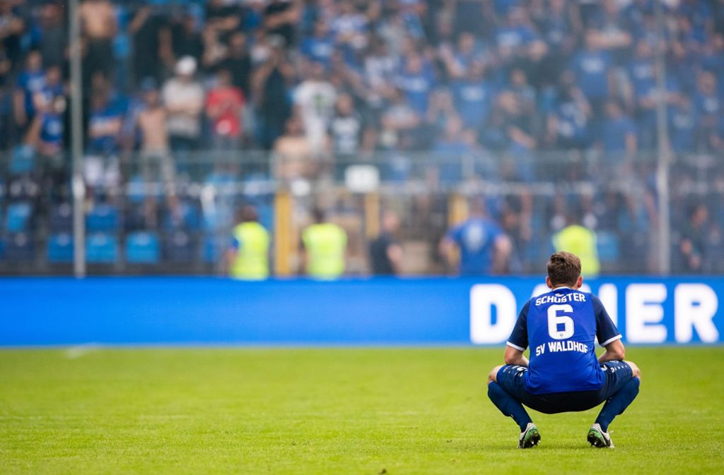 Waldhof Mannheim muss weiter in der Regionalliga spielen. Die Klage zum Aufstieg in die 3. Liga wurde vom DFB-Schiedsgericht abgewiesen. Foto: Bongarts