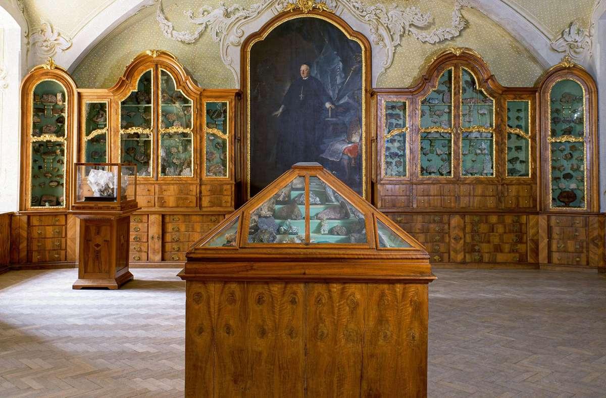 Eine Aufnahme aus dem Stift Seitenstetten in Österreich. Weitere Bilder aus kuriosen Kabinetten in Europa sehen Sie in unserer Bildergalerie. Foto: Massimo Listri/ Taschen