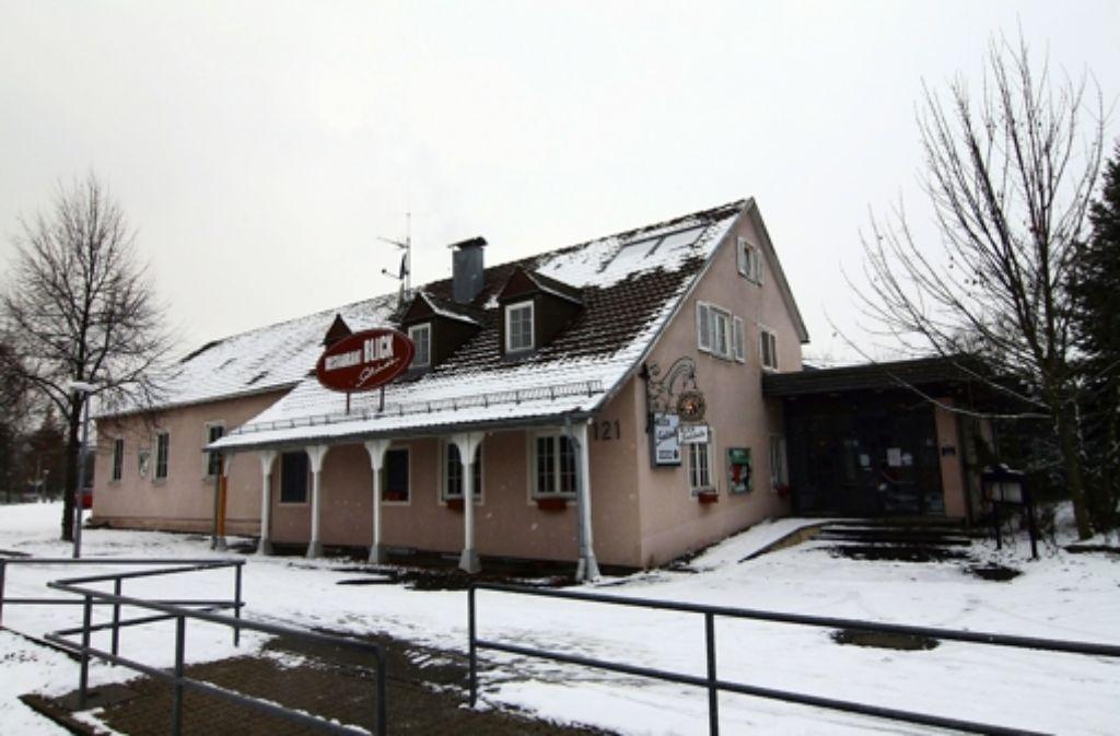Das Vereinsheim mit Restaurant ist der SG Weilimdorf zu groß geworden. Zum 1. Januar  übernimmt die Stadt da Foto: Torsten Ströbele