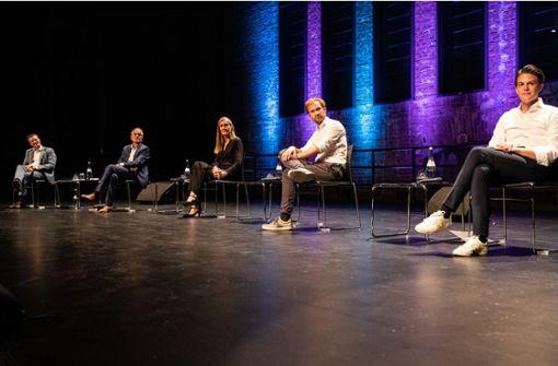 Fünf Kandidaten nutzen Bühne im Theaterhaus