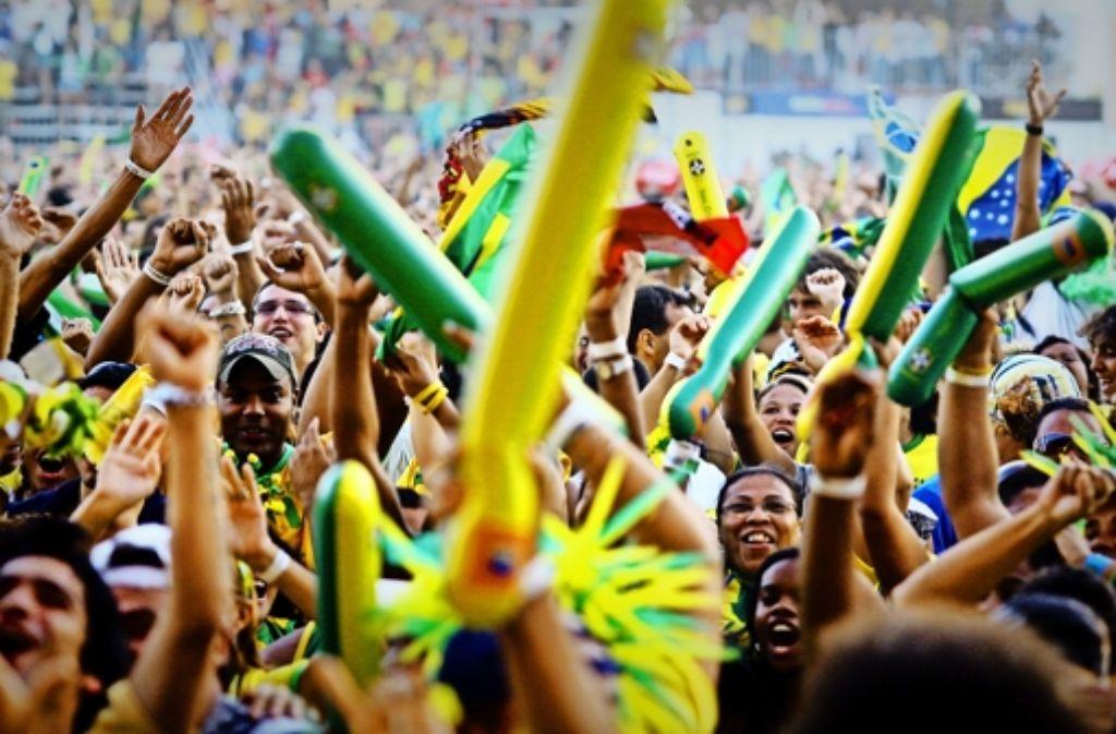 Die Vorfreude auf die WM-Spiele  ist groß – und die brasilianischen Fans wollen mit ihrer Mannschaft nur eines: jubeln. Foto: dpa