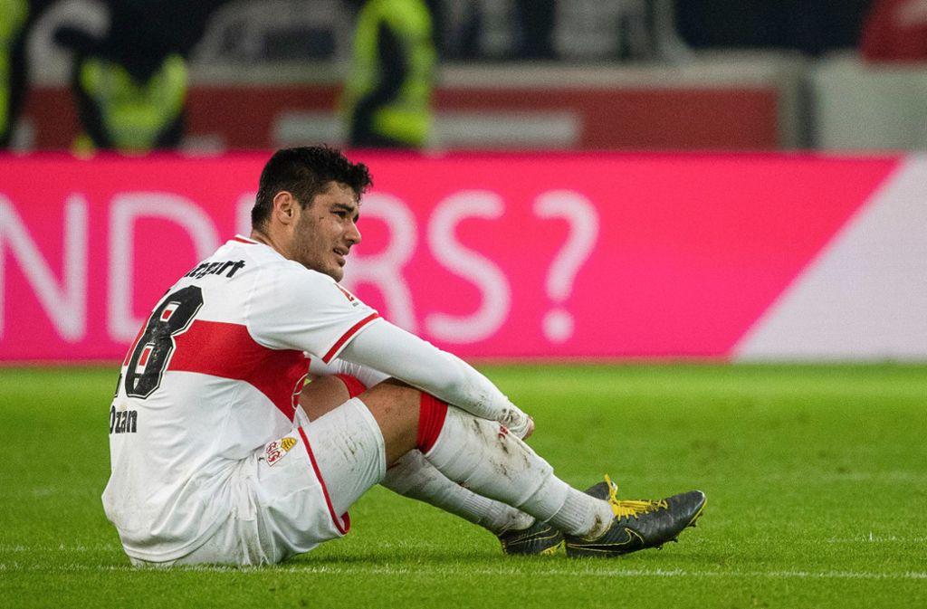 Den Abstieg des VfB Stuttgart konnte Ozan Kabak nicht verhindern – der Türke bleibt aber erstklassig. Foto: dpa
