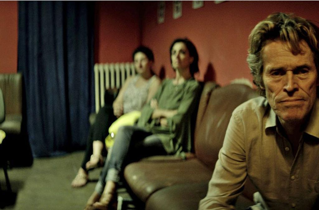 Der Familienalltag zermürbt den gealterten Künstler Tommaso (Willem Dafoe) Foto: Verleih
