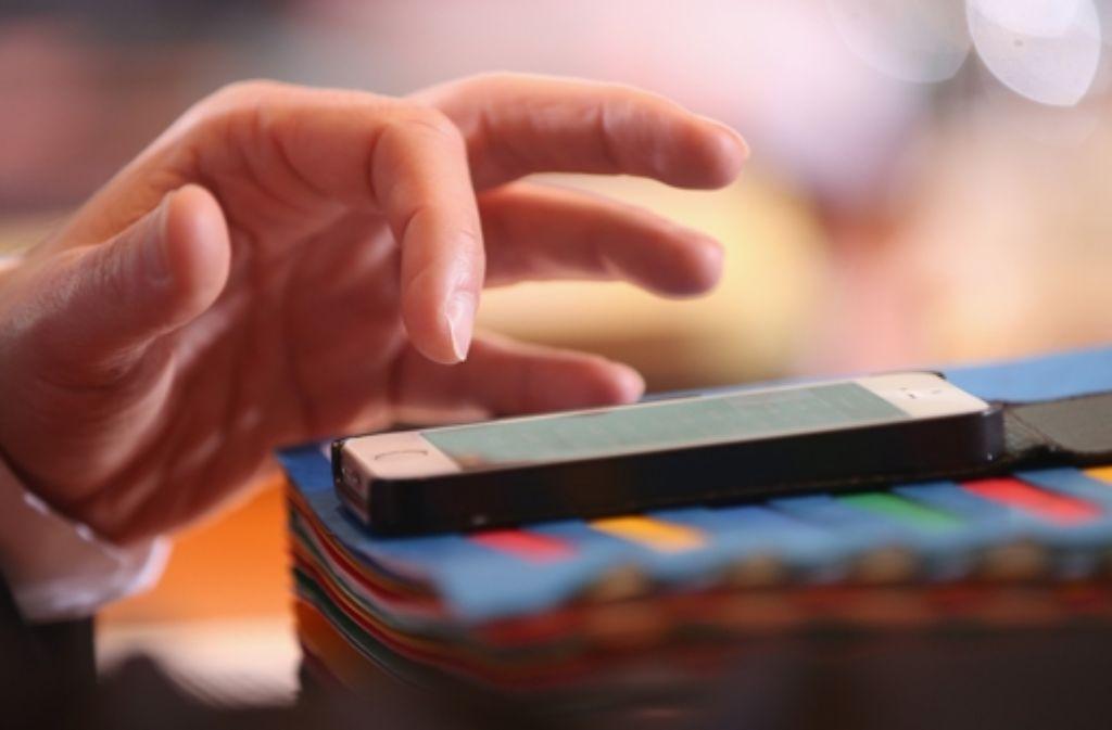 Wer ständig und überall erreichbar ist, fühlt sich schneller gestresst. Foto: Getty Images Europe