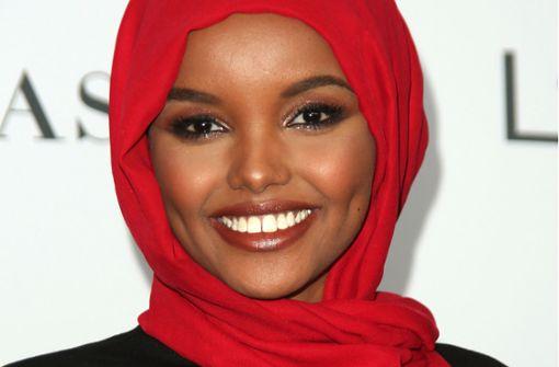 Erstmals Muslimin in Burkini als Covermodel