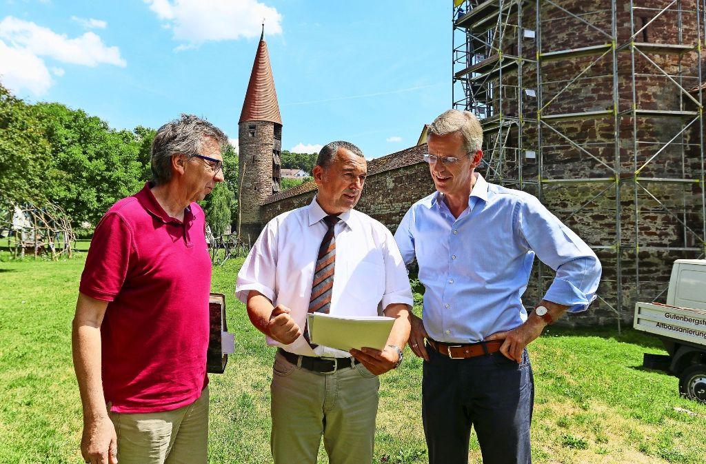 Herbert Heiser, Thilo Schreiber und Clemens Binninger freuen sich. Foto: factum/Granville