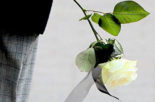 Den Abschied von der Mutter wird die Familie Lemke lange nicht vergessen. Foto: dapd