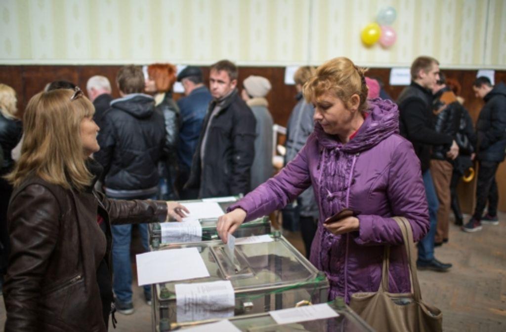 Mehr als 1,8 Millionen Krim-Bewohner sind aufgerufen, in einem Referendum über den Anschluss an Russland abzustimmen. Foto: dpa