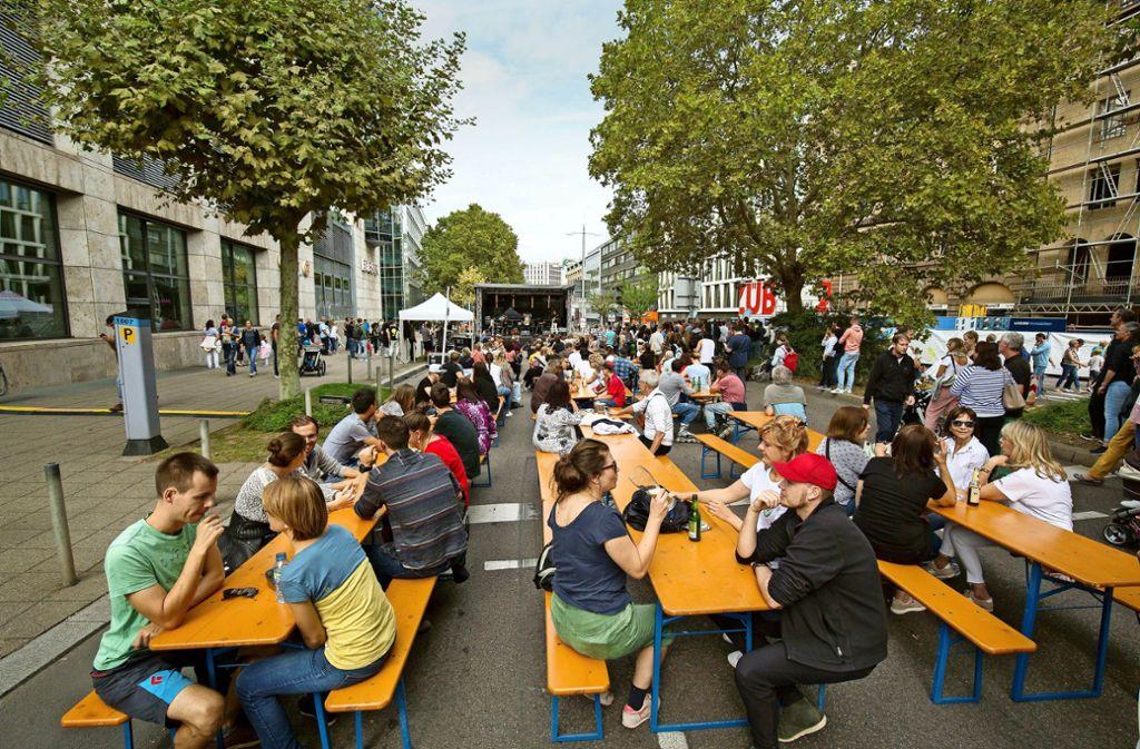 Weitere Eindrücke vom autofreien Sonntag auf der Theodor-Heuss-Straße. Foto: Lichtgut/Leif-H.Piechowski