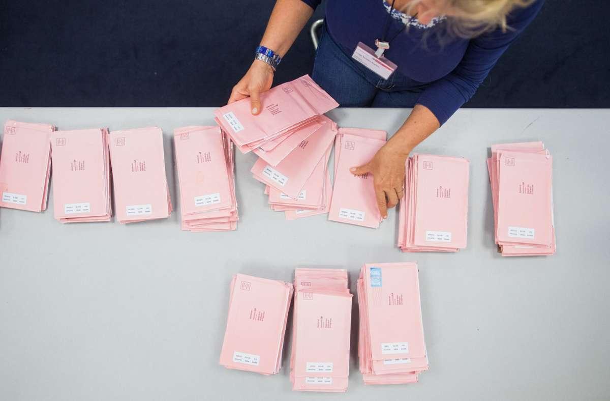 Bei den Briefwählern in Baden-Württemberg wird es Rekordzahlen geben (Symbolbild). Foto: dpa/Rolf Vennenbernd
