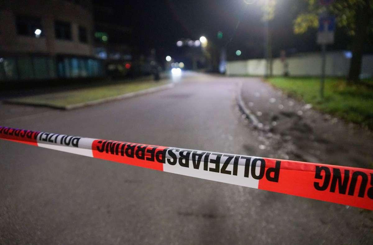 Ein 39-Jähriger soll einen Gleichaltrigen in Göppingen mit einem Messer schwer verletzt haben. Foto: SDMG/Woelfl