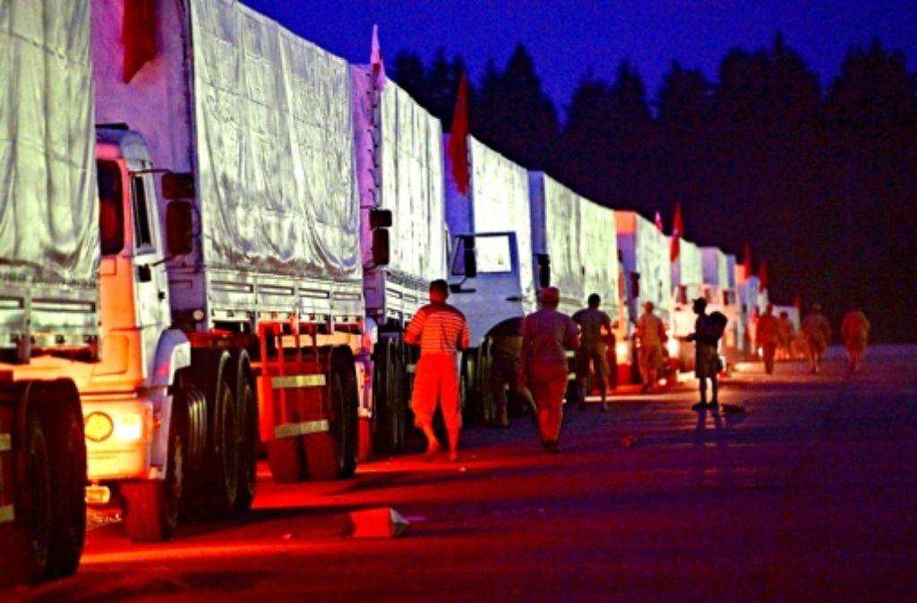 Die Lkws sollen Hilfsgüter in die Ukraine bringen. Foto: dpa