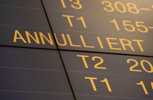 Streik der Flugbegleiter geht am Freitag weiter