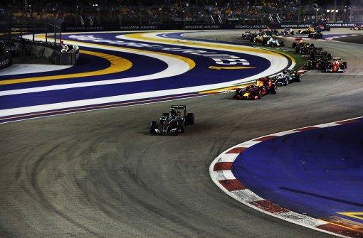 Nico Rosberg fährt an die Spitze