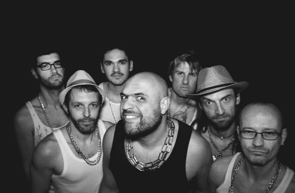 Dr Aleks and the Fuckers bringen am Freitag (23. Dezember) im Universum ihr neues Album heraus. Foto: Promo