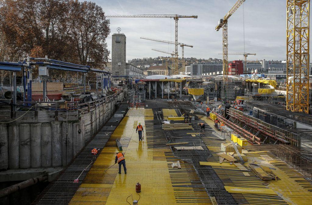 Nicht nur am Hauptbahnhof selbst sind die Arbeiten für Stuttgart 21 im Gange. Auch ein neuer S-Bahn-Tunnel entsteht. Das hat Folgen für den Autoverkehr. Foto: Lichtgut/Leif Piechowski (Symbolbild)