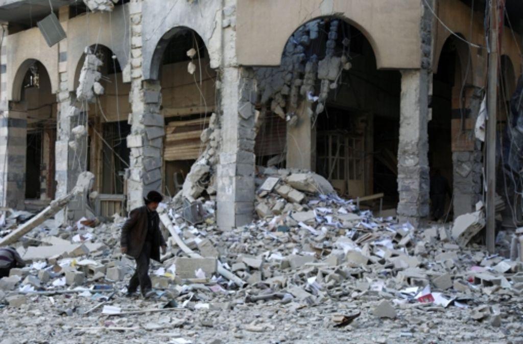 Viele syrische Städte – hier Douma – sind durch Angriffe verschiedenster Gruppen völlig zerstört. Foto: EPA