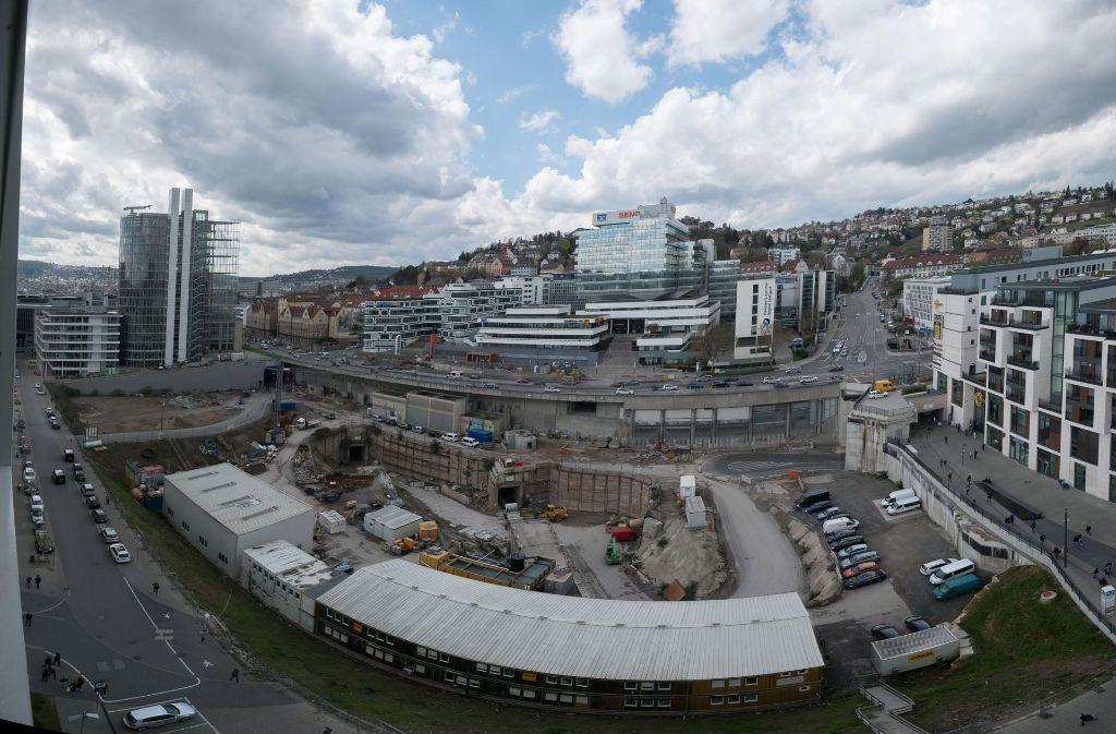 Das Europaviertel am Hauptbahnhof wirkt auf viele Betrachter abschreckend und steht eher für Geld denn für Leben, meint Lokalchef Jan Sellner. Foto: Lichtgut/Achim Zweygarth
