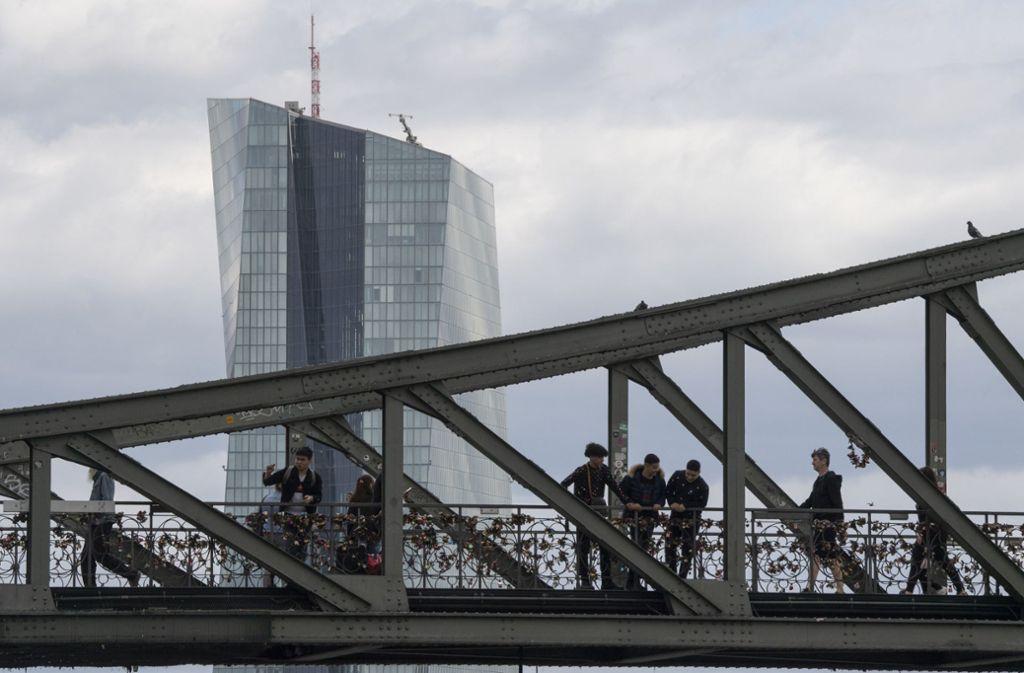 Der Wolkenkratzer der Europäischen Zentralbank (EZB) in Frankfurt Foto: dpa/Boris Roessler
