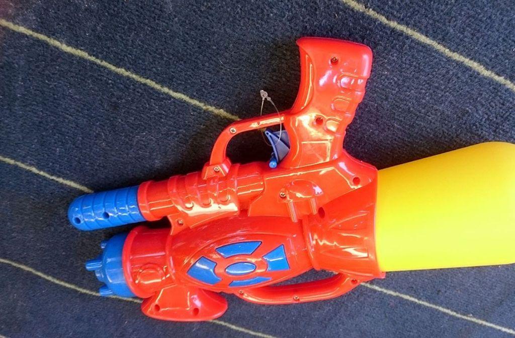 Das corpus delicti: die Wasserspritzpistole Foto: privat