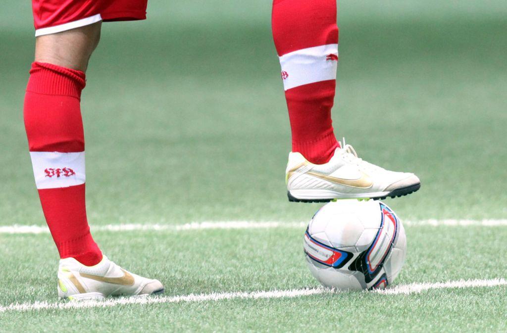 Die Nachwuchsspieler des VfB Stuttgart sollen künftig auch in Friedrichshafen ausgebildet werden (Archivbild). Foto: Pressefoto Baumann/Julia Rahn