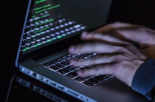 Polizei warnt vor gefälschten  Geldanlage-Angeboten im Internet