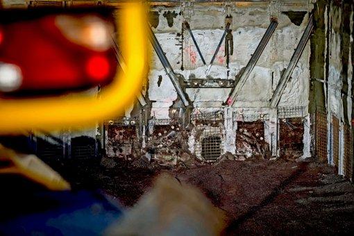 Tunnelbauer sehen erstmals Licht