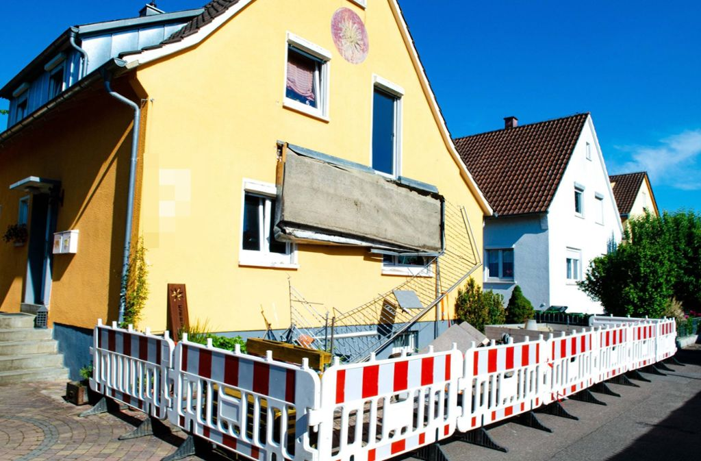 Die Unfallstelle in Steinheim wurde abgesperrt. Foto: 7aktuell.de/Nils Reeh