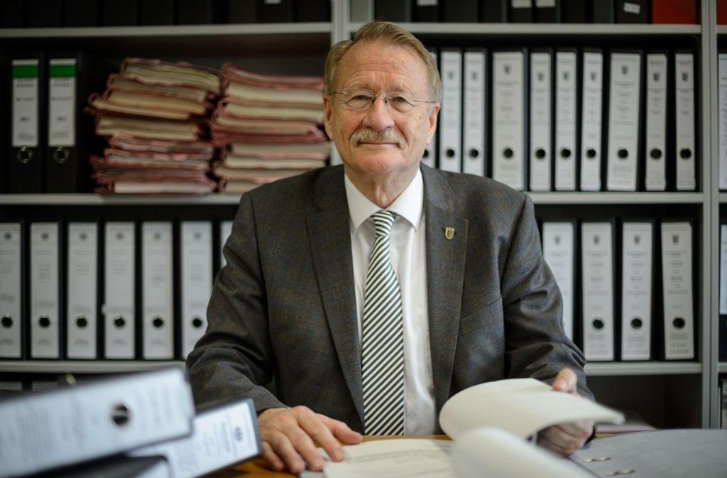 Die Akten des NSU-Ausschusses werden bald zugeklappt und der Ausschussvorsitzende Wolfgang Drexler zieht einen Schlussstrich. Foto: dpa